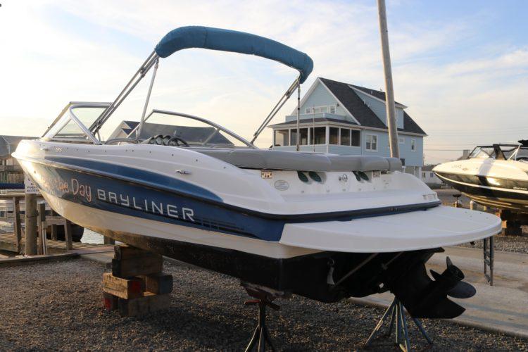 2011 Bayliner 185 Bowrider