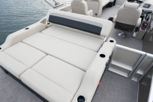 The Barletta C24UC features an ultra lounger in the aft that can be either front or rear-facing